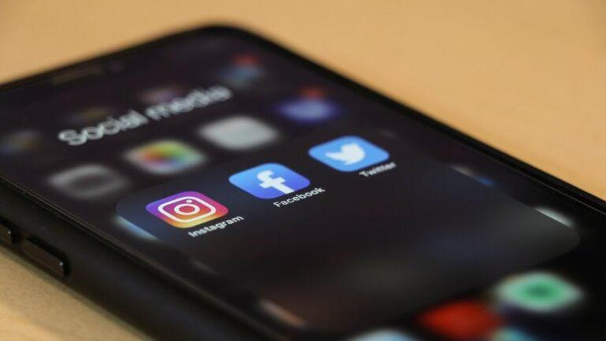 Usamos las redes sociales como los animales buscan comida