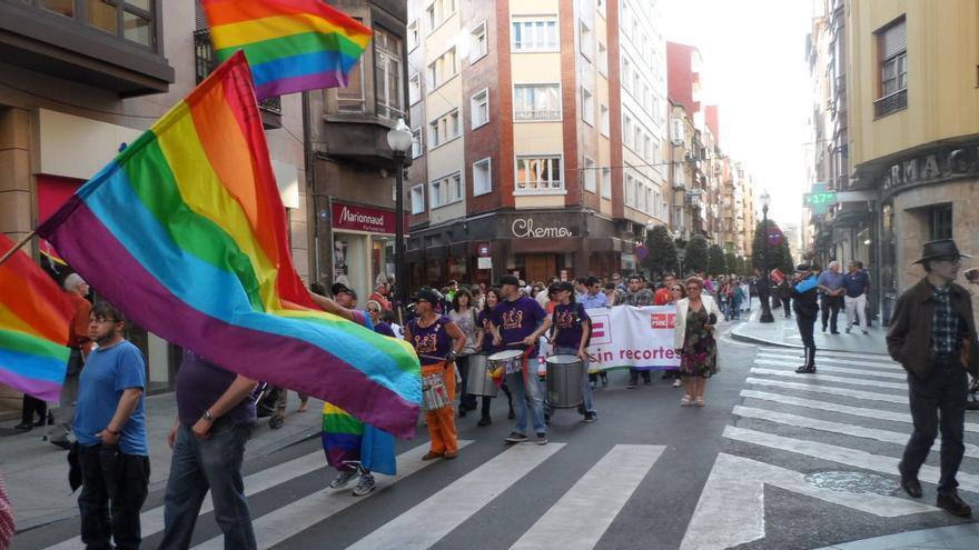Xega y la Universidad de Oviedo ponen en marcha un estudio sobre hábitos sexuales en Asturias