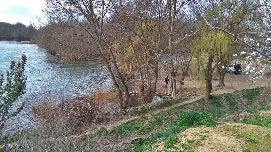 """Reabierto al tráfico el camino de """"La Bardada"""" por el descenso del caudal del río"""