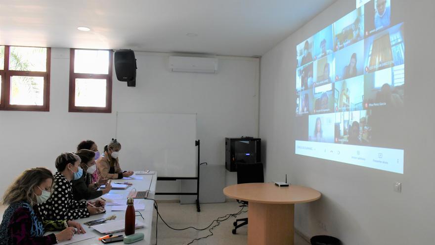 Mogán celebrará vía telemática la  V Muestra de Profesiones y Vocaciones