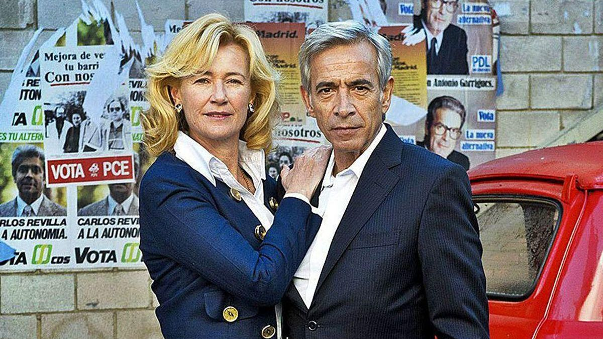 Ana Duato e Imanol Arias caracterizados para sus personajes de la serie 'Cuéntame'.