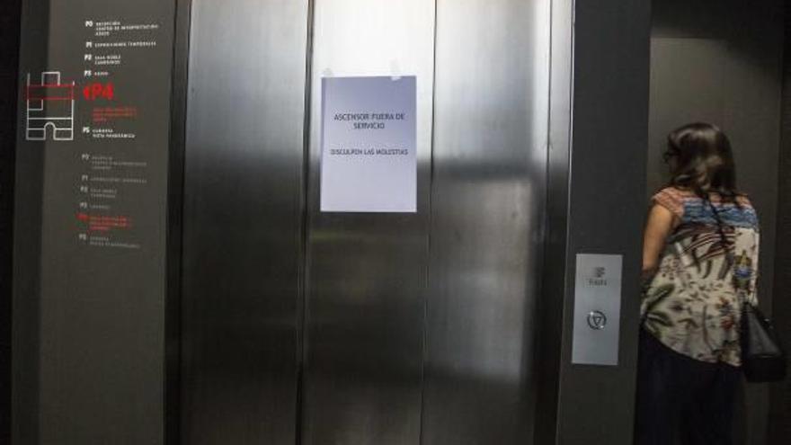 Una exposición sobre la Memoria Histórica, en un cuarto piso sin ascensor