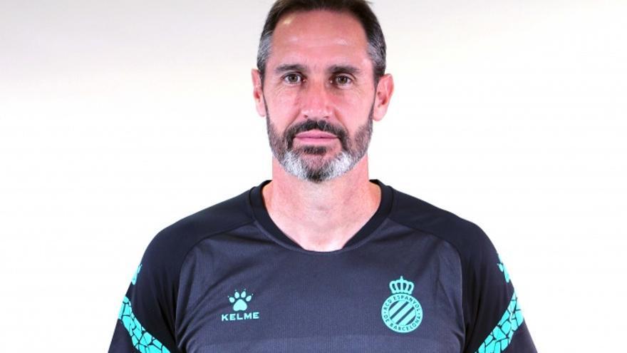 """Vicente Moreno: """"No me fío de la UD; cuenta con jugadores de mucho nivel"""""""
