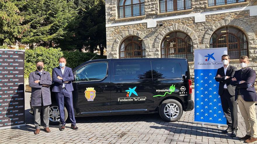 CaixaBank lanza el 'Renting solidario' para entidades sociales murcianas
