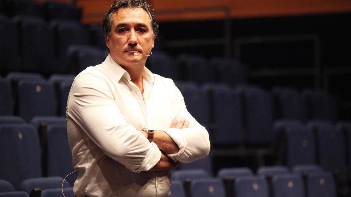 Bruno Pérez en la seva darrera conferència a Roses
