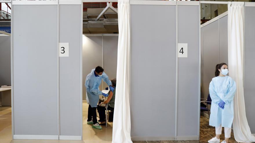 Málaga registra una leve bajada de hospitalizaciones por covid este domingo