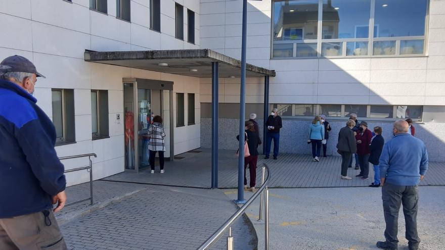 Vecinos de 70 a 79 años reciben este miércoles la segunda dosis de la vacuna en Sanabria