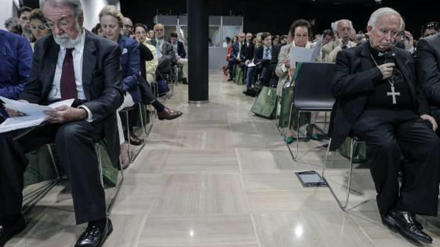 Mayor Oreja prepara en València la presentación de su plataforma pro-vida