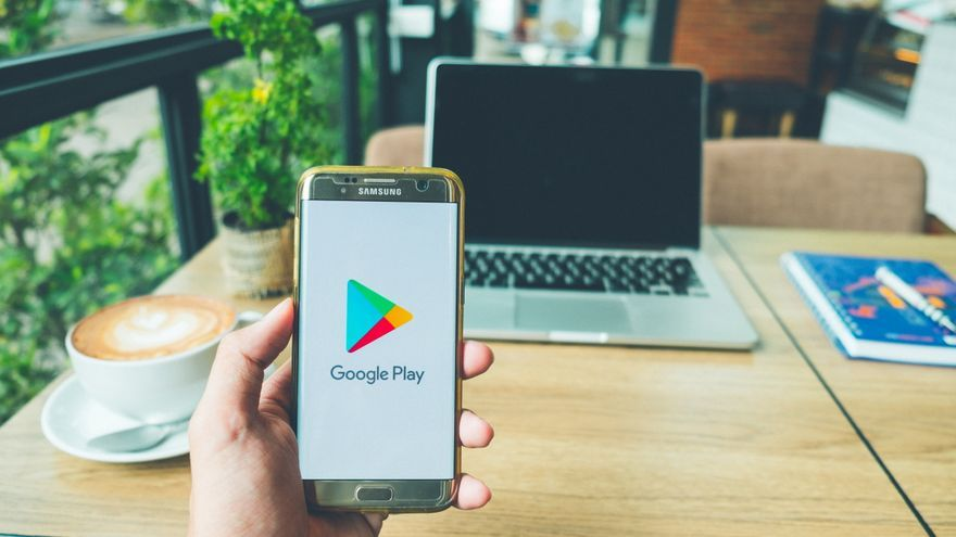 Google elimina de Android nueve aplicaciones que robaban las contraseñas de Facebook