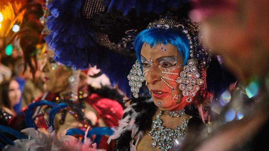 Tenerife incinera su sardina para centrarse en el fin de semana de Piñata