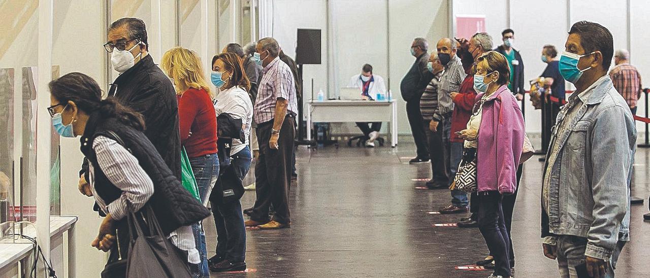 Vacunación masiva el pasado lunes en las instalaciones de la Ciudad de la Luz.