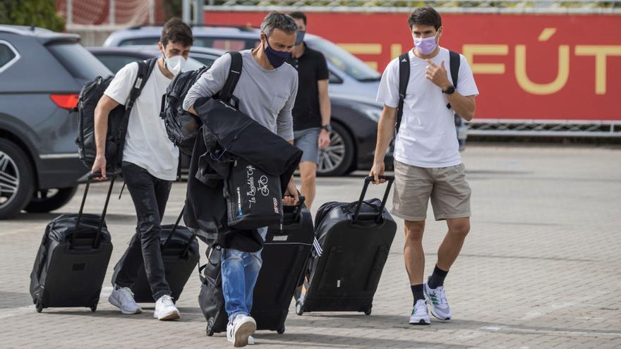 Concentrados 17 de los 24 jugadores de la selección convocados por Luis Enrique