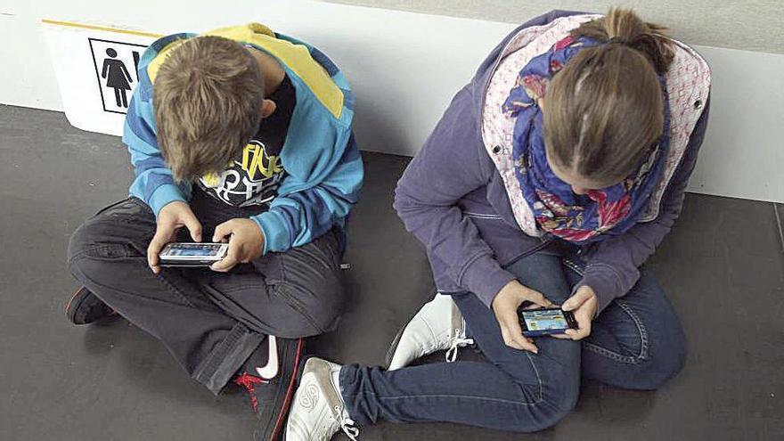 Conferencia 'online' gratis   ¿Cómo afecta el 'smartphone' y la tableta electrónica al cerebro de tu hijo?