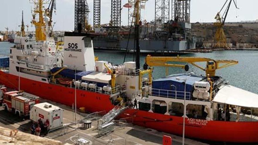 """Cinco ONG piden a Europa que permita al 'Aquarius' seguir """"salvando vidas"""""""