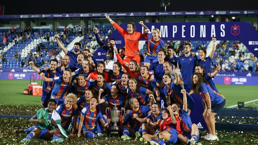 El Barça gana la Copa de la Reina y logra el primer triplete de la historia del fútbol femenino