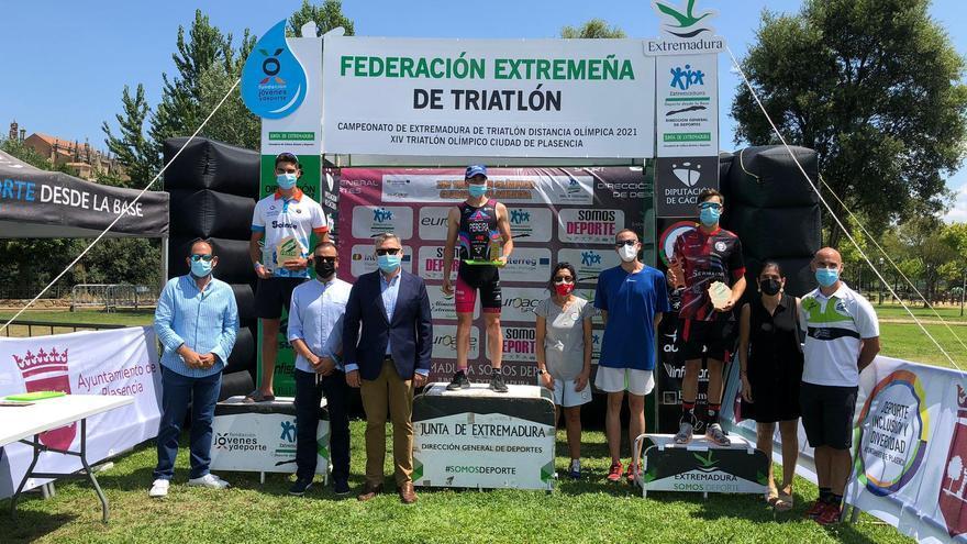 Sonia Bejarano y Rubén Pereira ganan el Triatlón Olímpico Ciudad de Plasencia