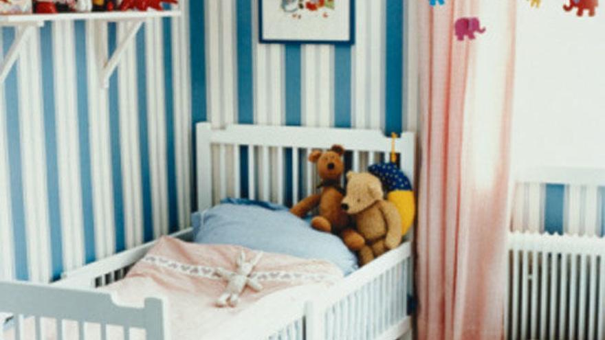 Cómo combinar papel pintado en habitaciones infantiles