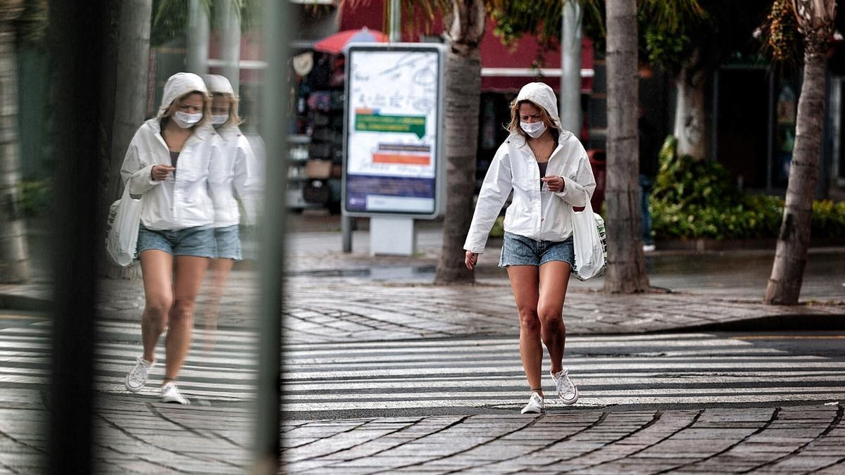 Canarias registra 212 contagios y tres muertes este Viernes Santo