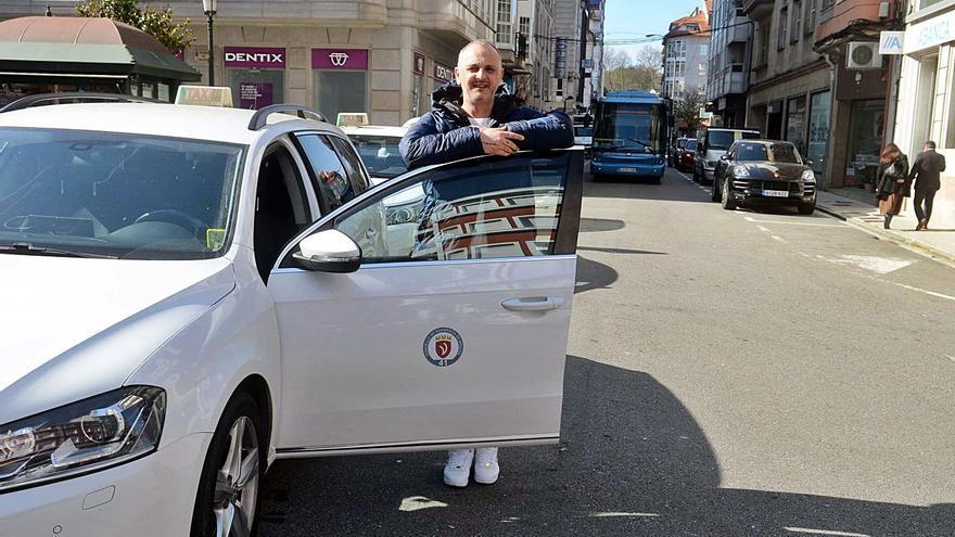 """Los taxistas urgen su vacunación: """"Uno de nosotros puede contagiar a mucha gente"""""""