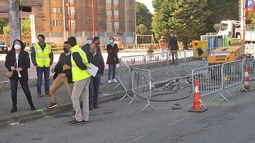 Arrancan las obras del paso de peatones con semáforo en el cruce de San Cibrán