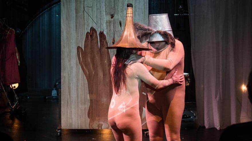 La histórica compañía Escarlata Circus desembarca en el Teatre Principal