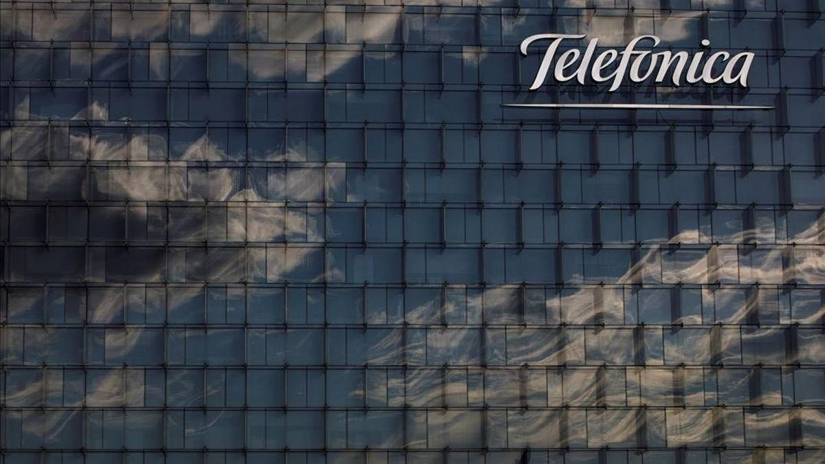 Telefónica gana 1.582 millones de euros, un 38,5% más
