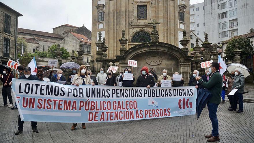 Los pensionistas gallegos cobrarán unos 20 euros más al mes en 2022 por el alza del IPC