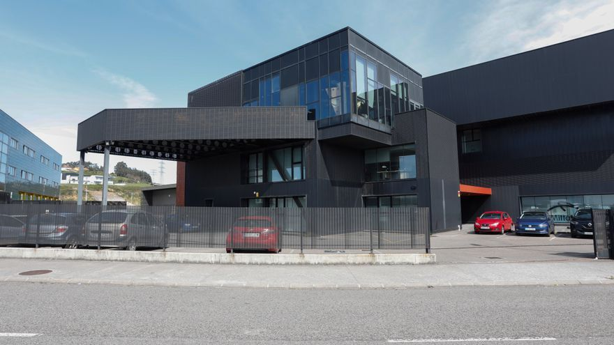 El PSOE quiere comprar las sedes de Correos y la Fundación Metal con 2,8 millones del remanente