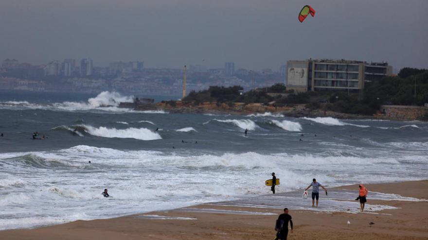 La tempesta tropical «Leslie» arriba a Espanya i deixa ratxes de 96 km/h a Zamora