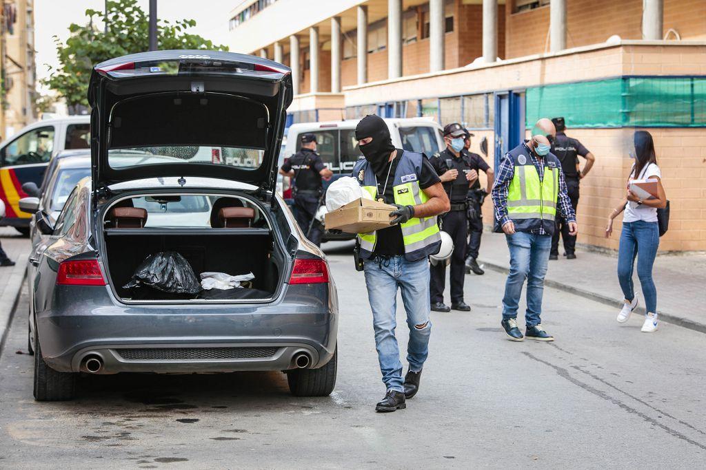 Intervención policial. Menudeo, gallos y tortugas en Ministriles, Lorca-3605.jpg