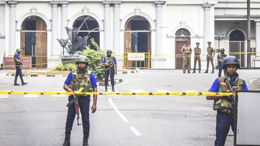 Se registran nuevas explosiones y tiroteos en el este de Sri Lanka