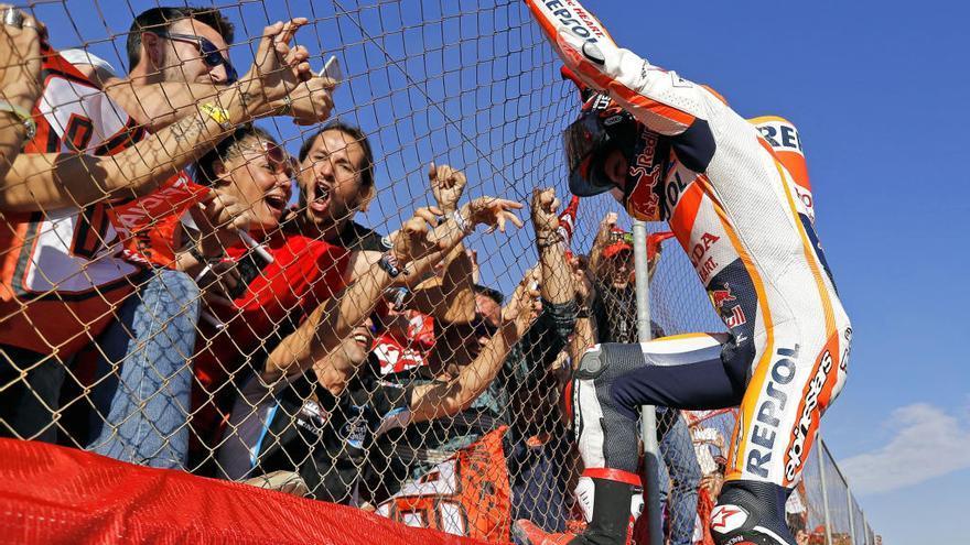 El Ricardo Tormo agota las entradas para coronar al campeón de MotoGP