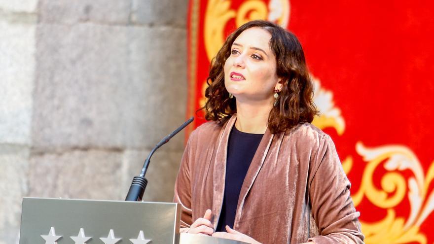 Ayuso acusa al Gobierno de primar a Puig con los fondos europeos contra el covid