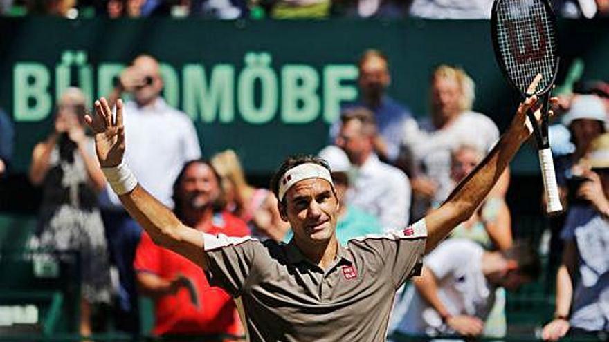 Federer guanya  a Halle i ja és  el campió més gran del tennis sobre gespa