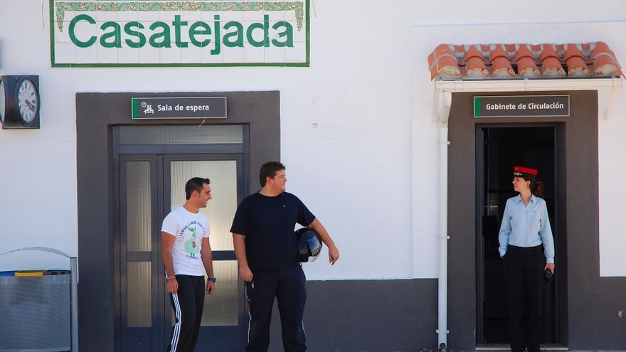Convocan una concentración contra el cierre de la estación de tren de Casatejada