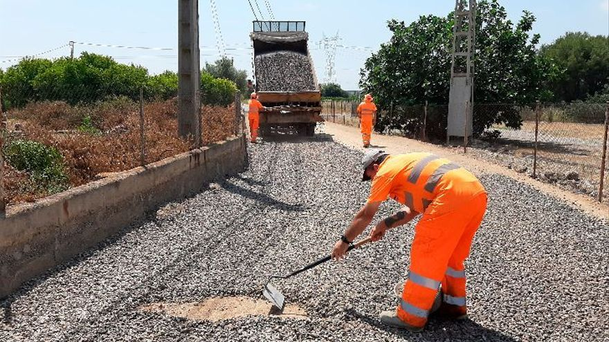 Vila-real consigue más apoyos del Consell para reasfaltar vías rurales