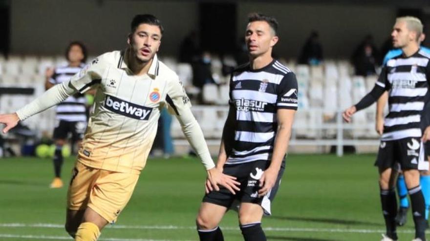 El FC Cartagena no puede con el gigante perico