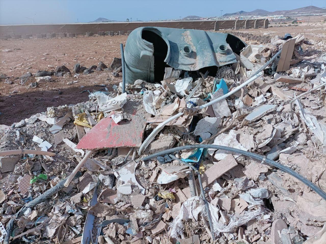 Una empresa realiza tres vertidos ilegales de escombros en Tufia
