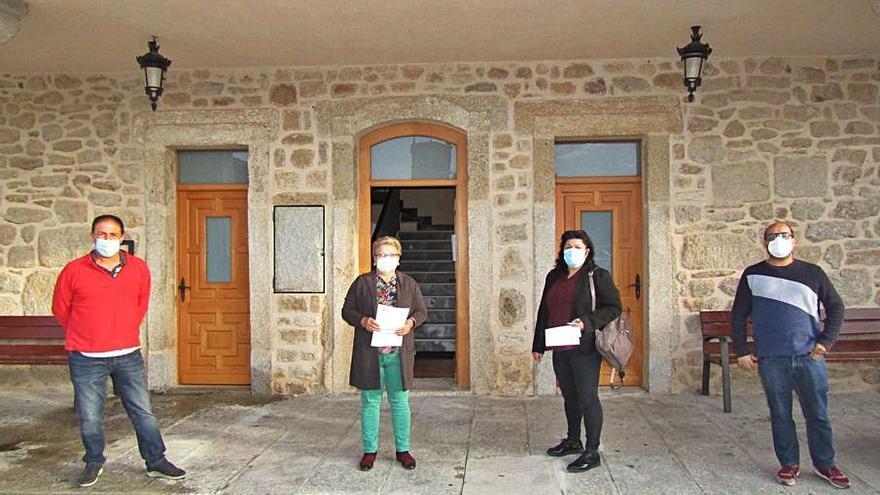 """El alcalde de Villar del Buey defiende que la residencia """"está atendida"""""""