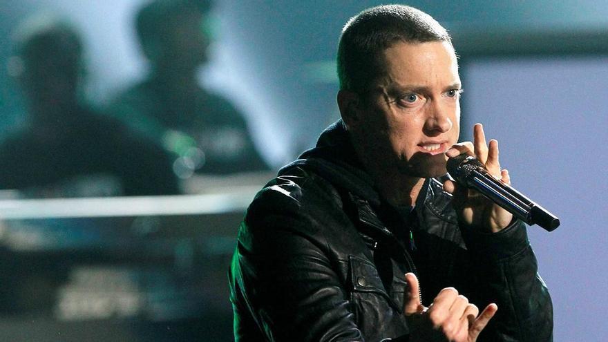 Eminem zarandea el trono de Drake en su regreso