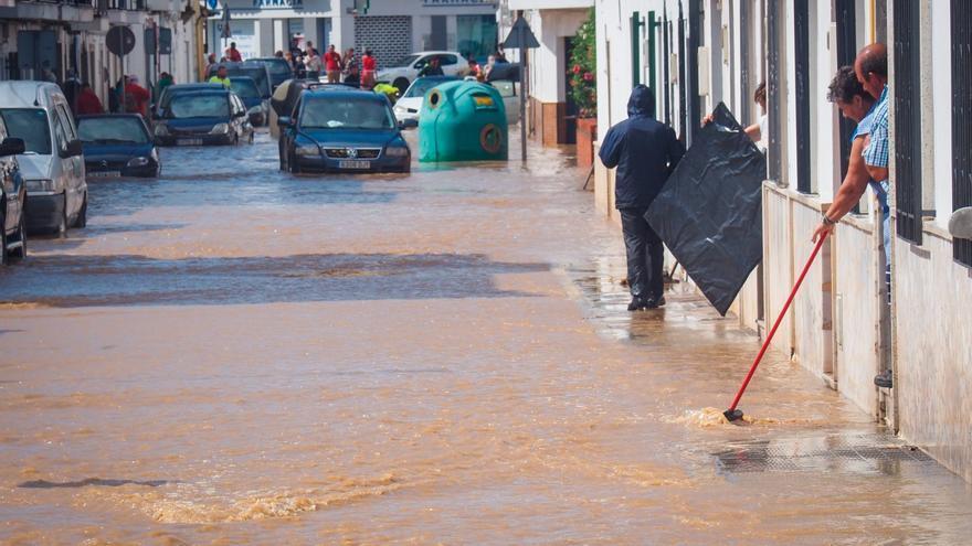 Las fuertes precipitaciones azotan la costa de Huelva