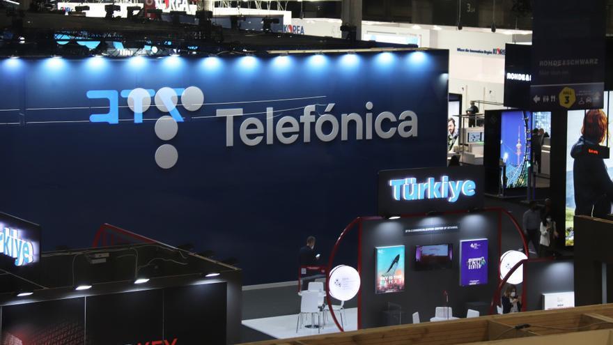 Telefónica reforça la xarxa mòbil a 243 localitats de la costa catalana durant l'estiu
