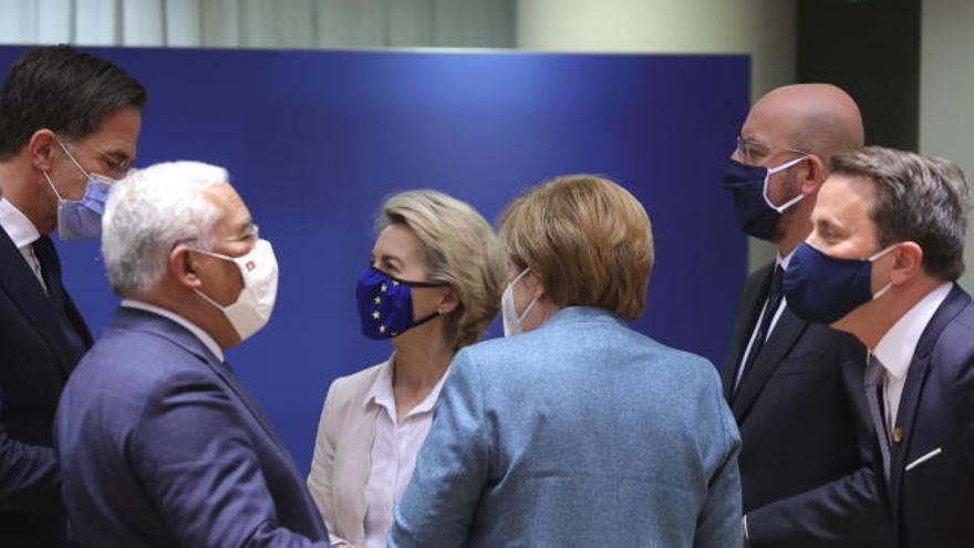 La UE desbloquea el fondo de recuperación tras retirar su veto Hungría y Polonia