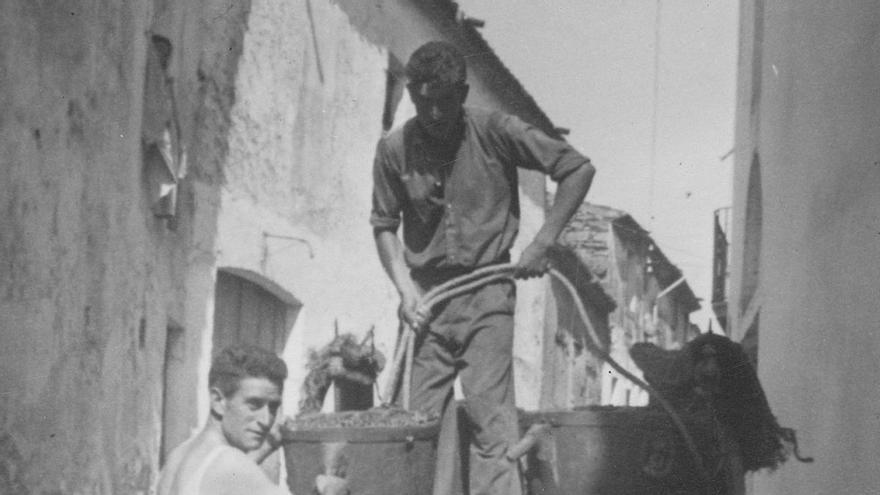 """""""Fem Memòria"""" repassa la història del cooperativisme a Roses"""
