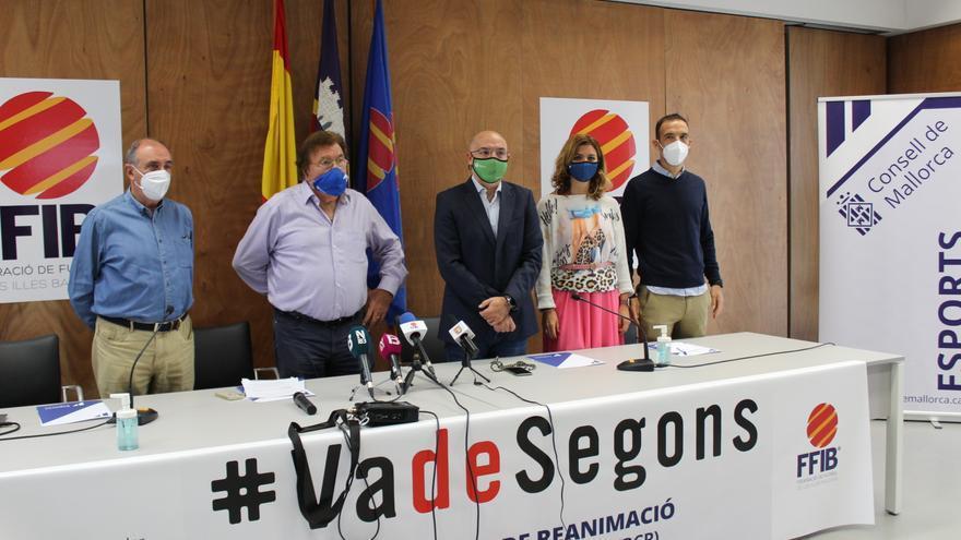El Consell de Mallorca y la Balear presentan la campaña #VadeSegons con la intención de concienciar sobre la reanimación cardiovascular
