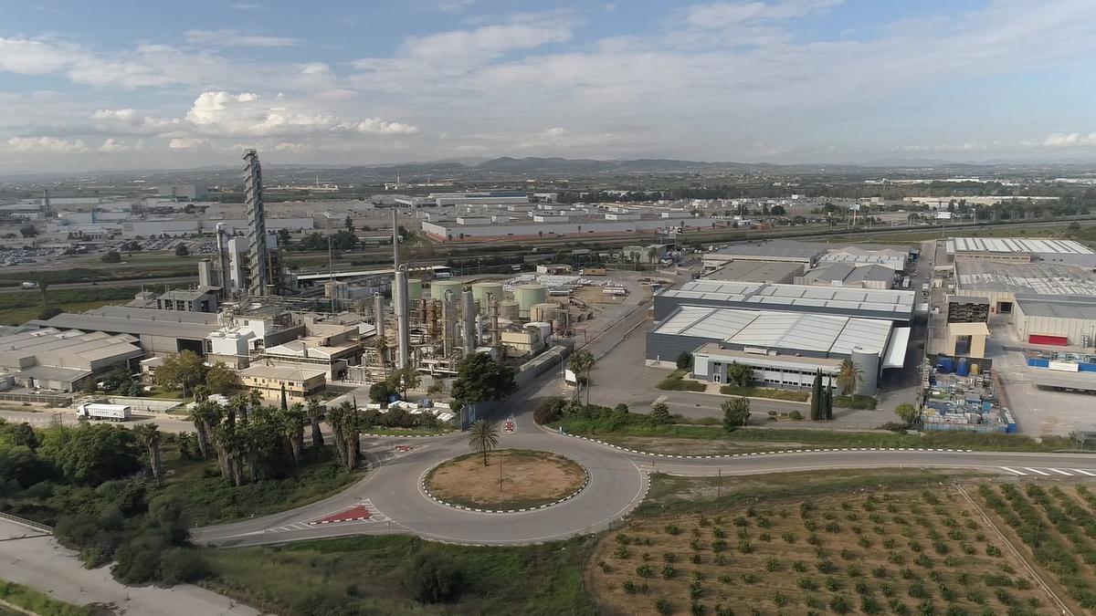 La revisión del PGOU ampliará el suelo industrial de Almussafes.