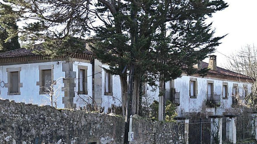 PP y Cs exigen soluciones al abandono de la Quinta la Torre, en Santa Bárbara