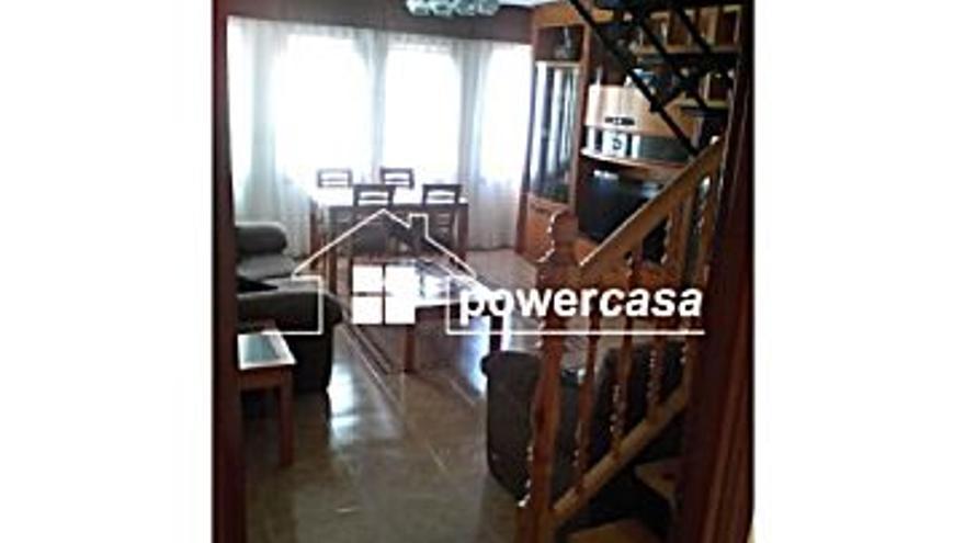 575 € Alquiler de piso en Zuera, 3 habitaciones, 2 baños...
