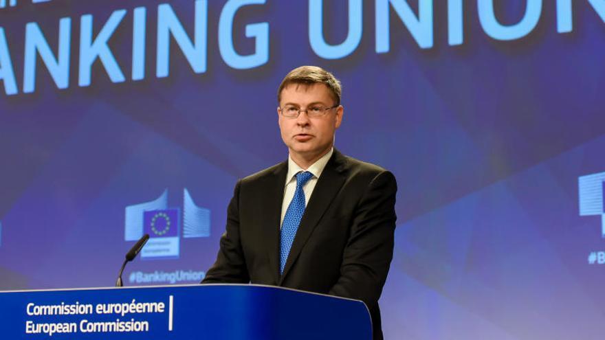 La Comissió Europea diu que «confia» en Rajoy i les institucions espanyoles