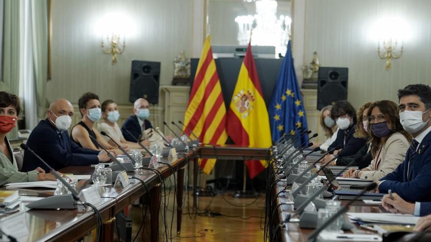 Gobierno y Generalitat acuerdan ampliar el Aeropuerto de El Prat
